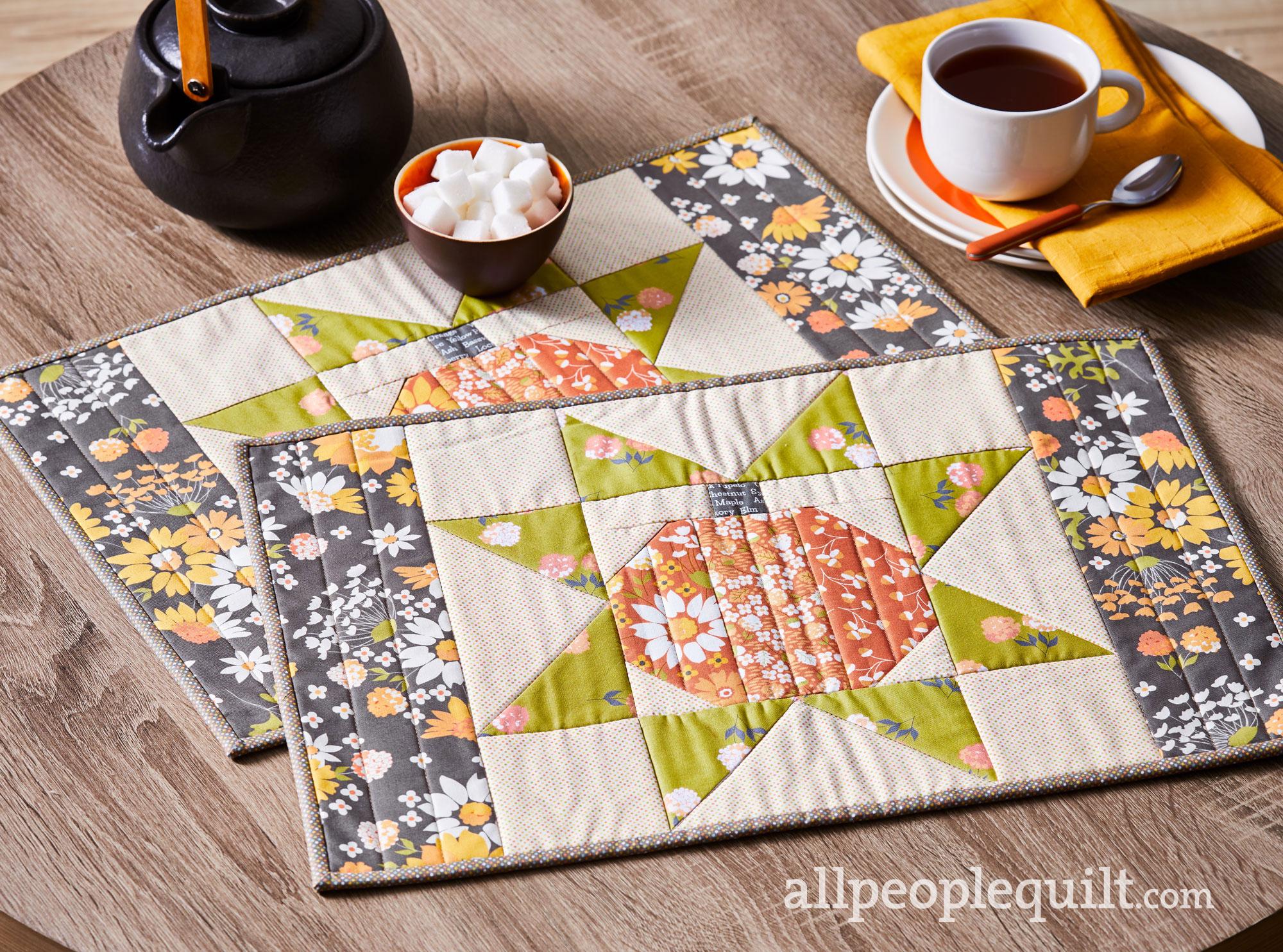 Pumpkin Star Place Mat