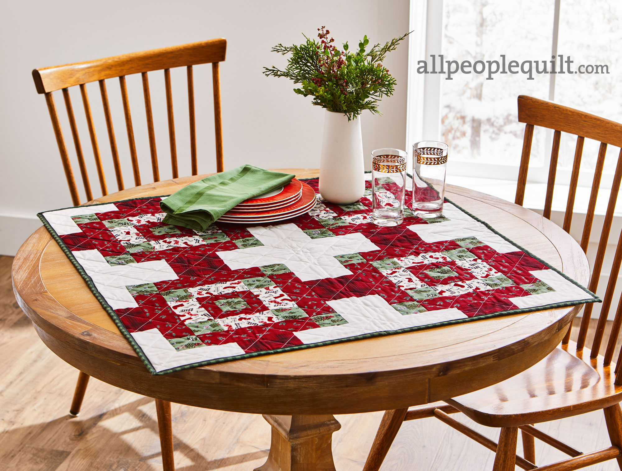 Cottage Christmas Table Topper