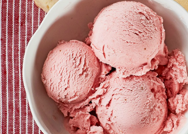 Chef John's Strawberry Ice Cream