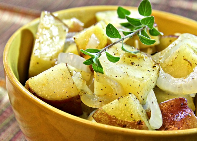 Microwaved Potatoes Lyonnaise