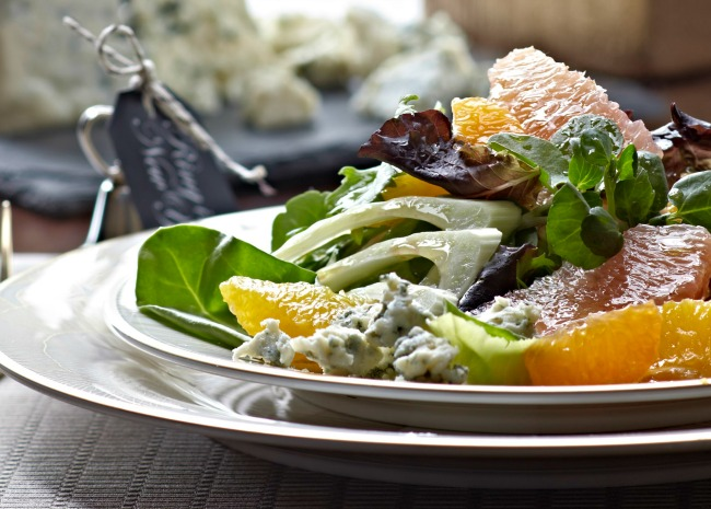 Spinach and citrus with fennel salad