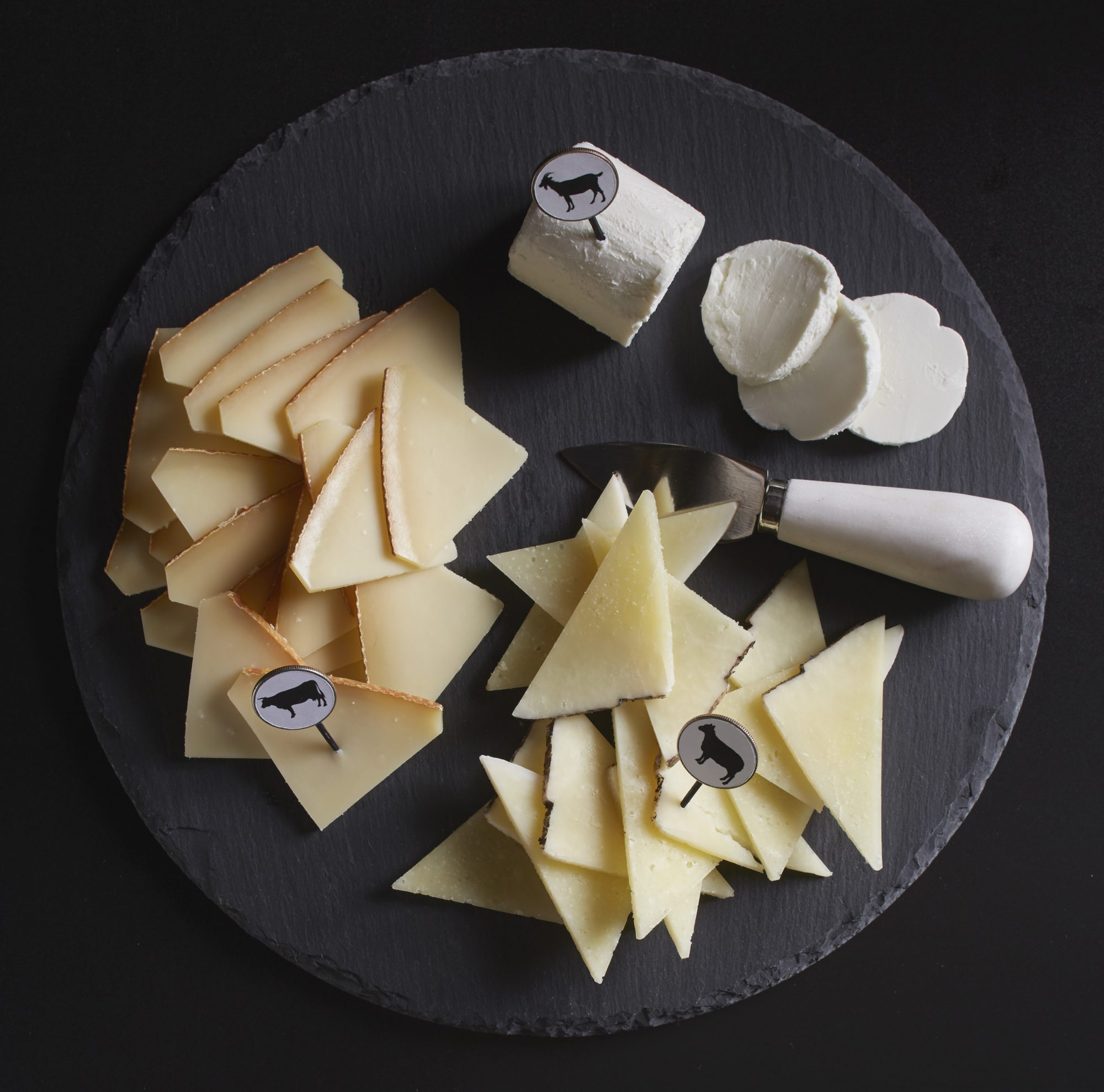 Cheese plate from various milks