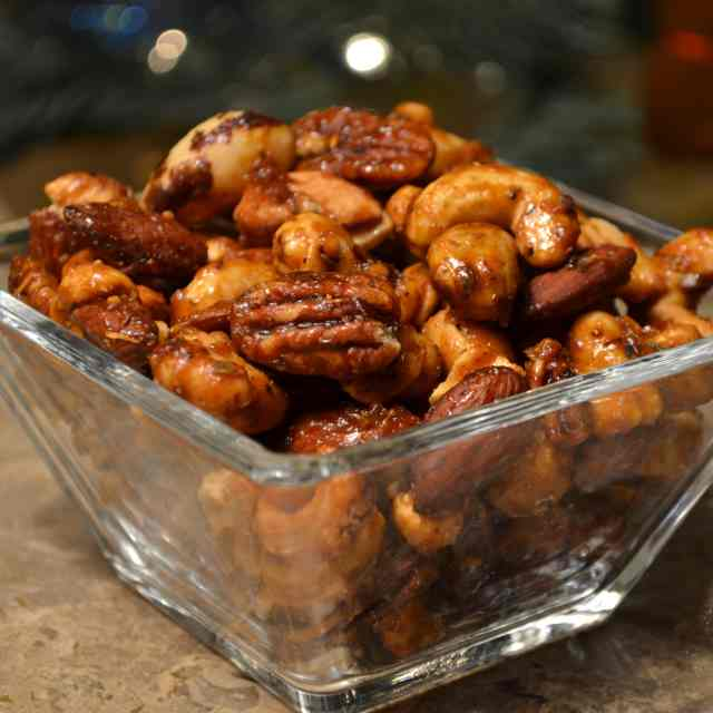 Sweet Salty Spicy Party Nuts
