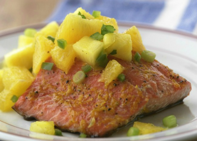 Grilled salmon with habanero butter