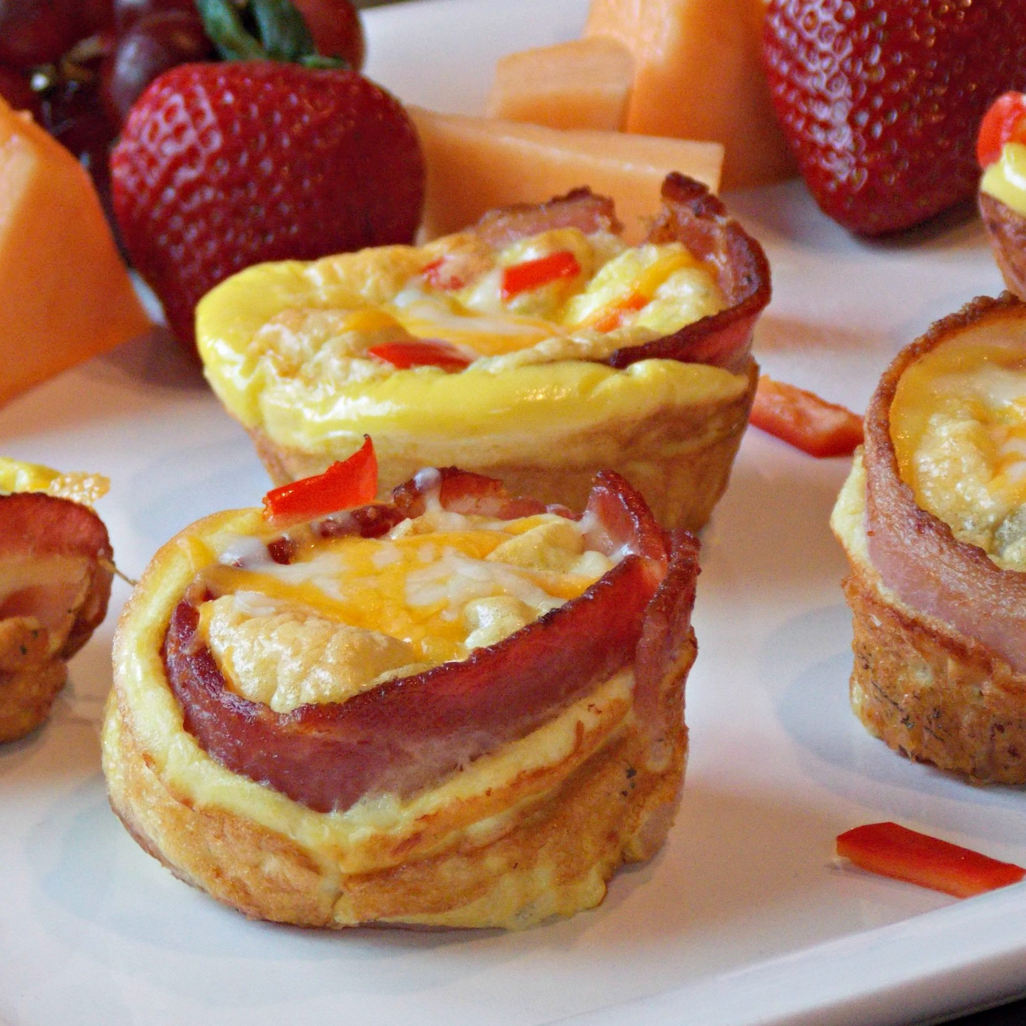 1092345 Bacon-and-Egg Muffins 236040 Baking Nana