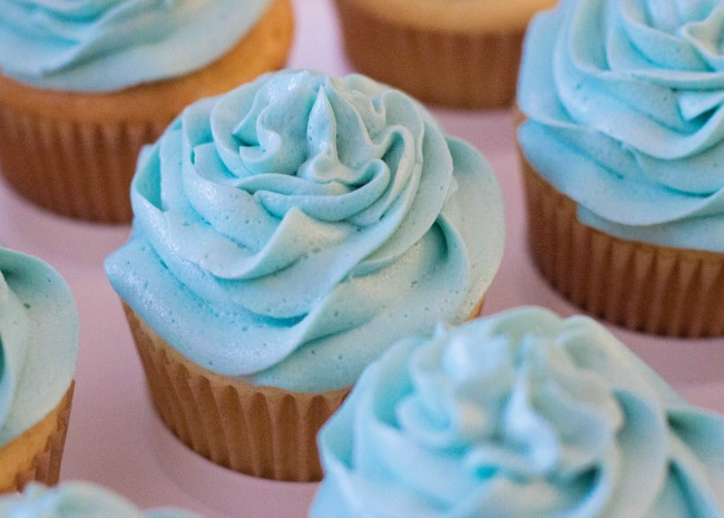 3095654_Quick-and-Almost-Professional-Buttercream-Icing_Photo-by-Erin-1.jpg