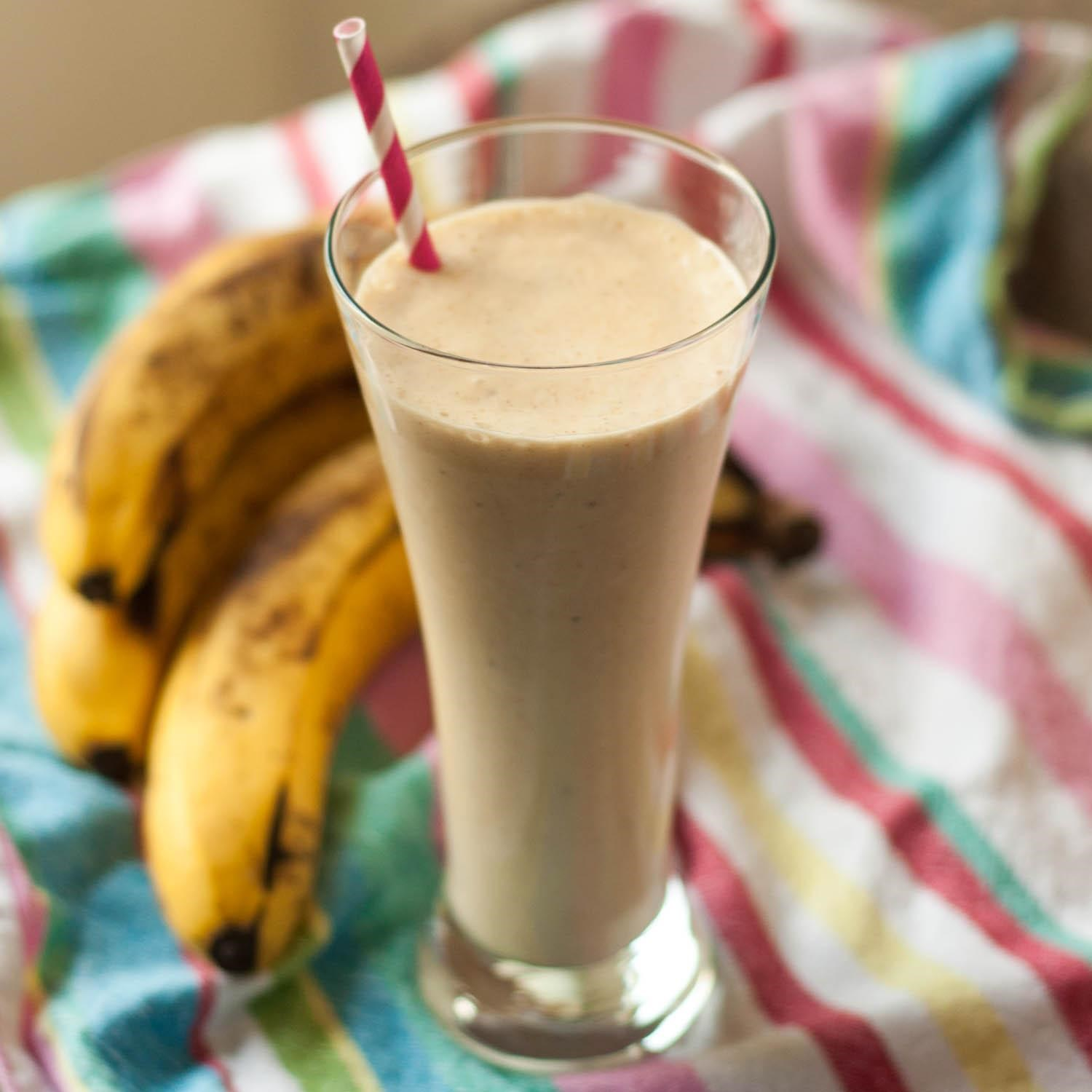 1011848_Peanut-Butter-Banana-Smoothie_Photo-by-Angie-Seaman.jpg