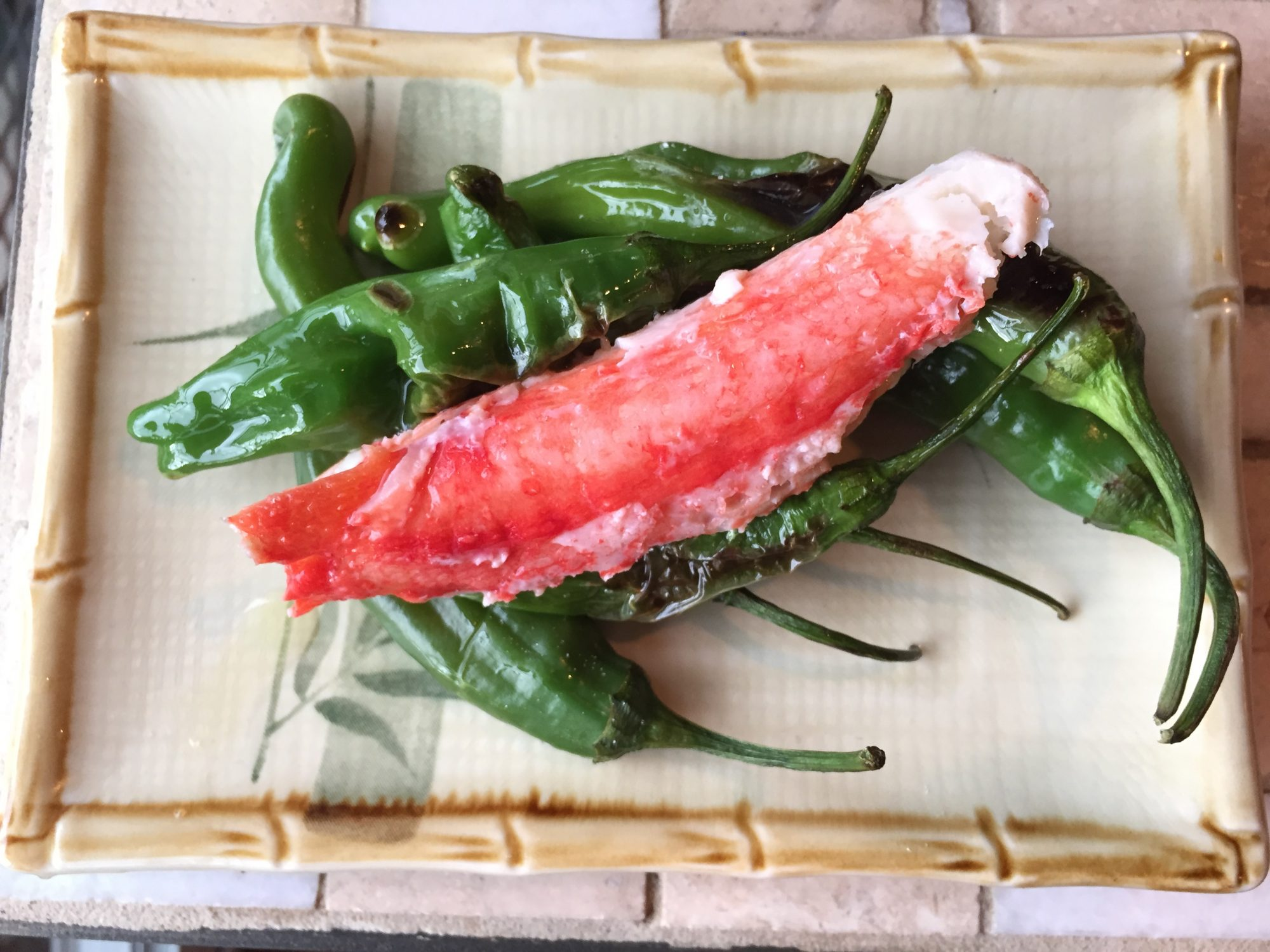 crabby snacks with peppers