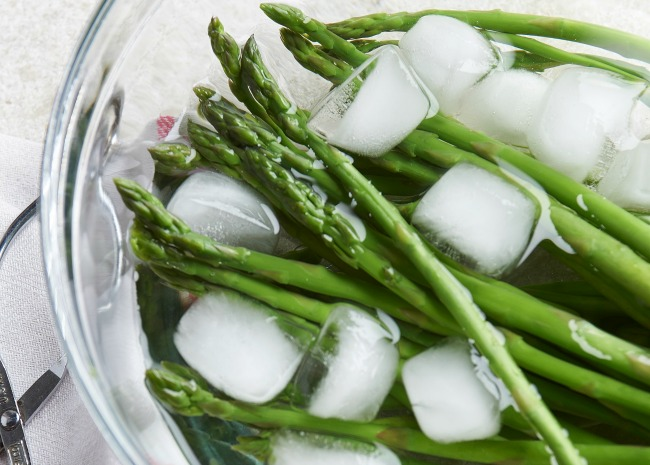 Blanched Asparagus in Ice Water Bath
