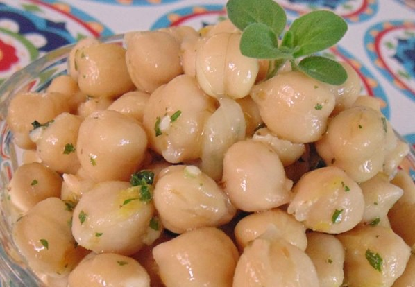 2495251 marinated garbanzos