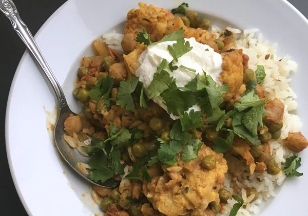 3110981 spicy vegan chickpea curry photo by voraciousgirl