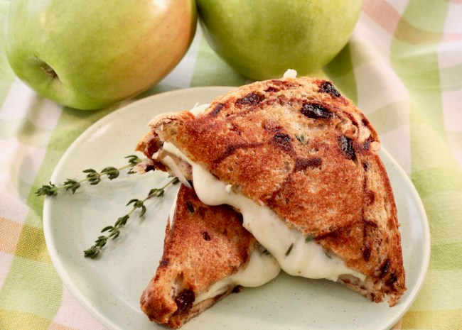 Grilled Cheese, Apple, and Thyme Sandwich