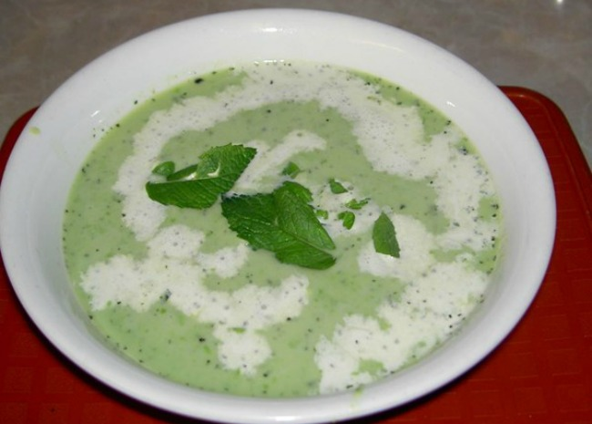 Green Pea and Mint Soup. Photo by Darshana