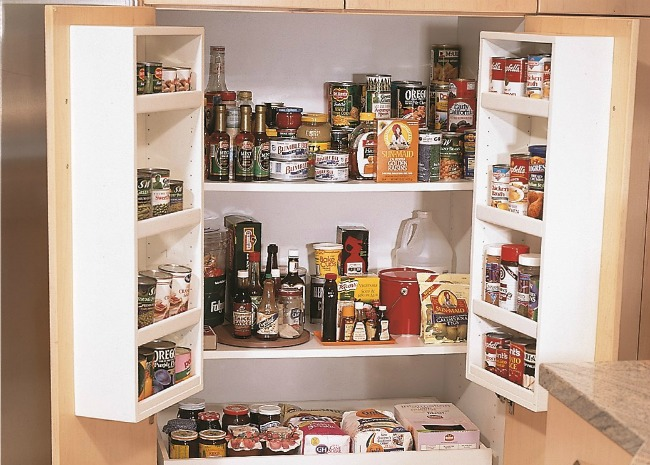 Food in the pantry