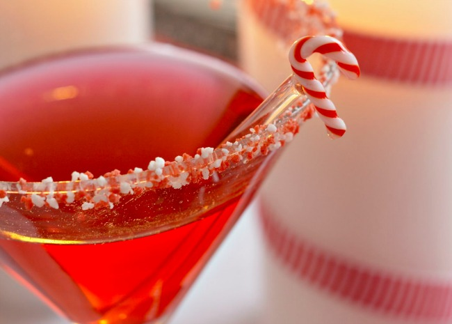 100482138-campari-christmas-cocktail-cosmo-photo-by-meredith
