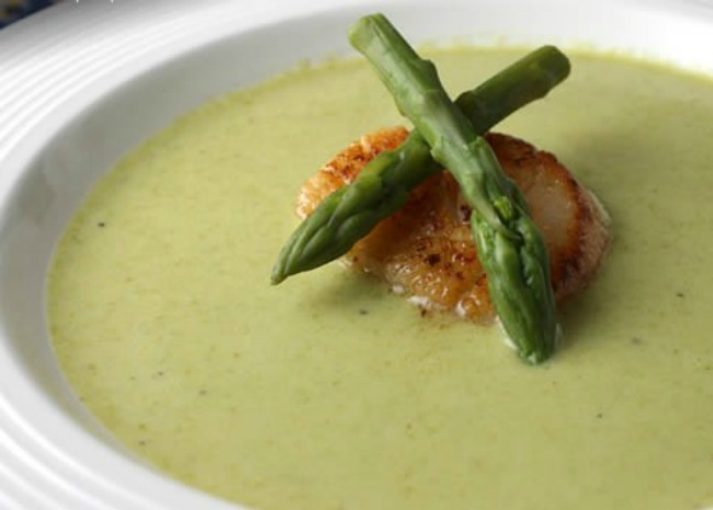 cream of fresh asparagus soup