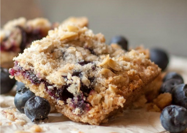 1038753 Blueberry Crumble Bars Photo by magicallydelicious 650x465