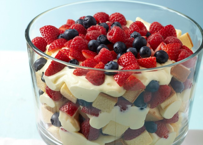102175429-berry-trifle-photo-by-meredith-650x465