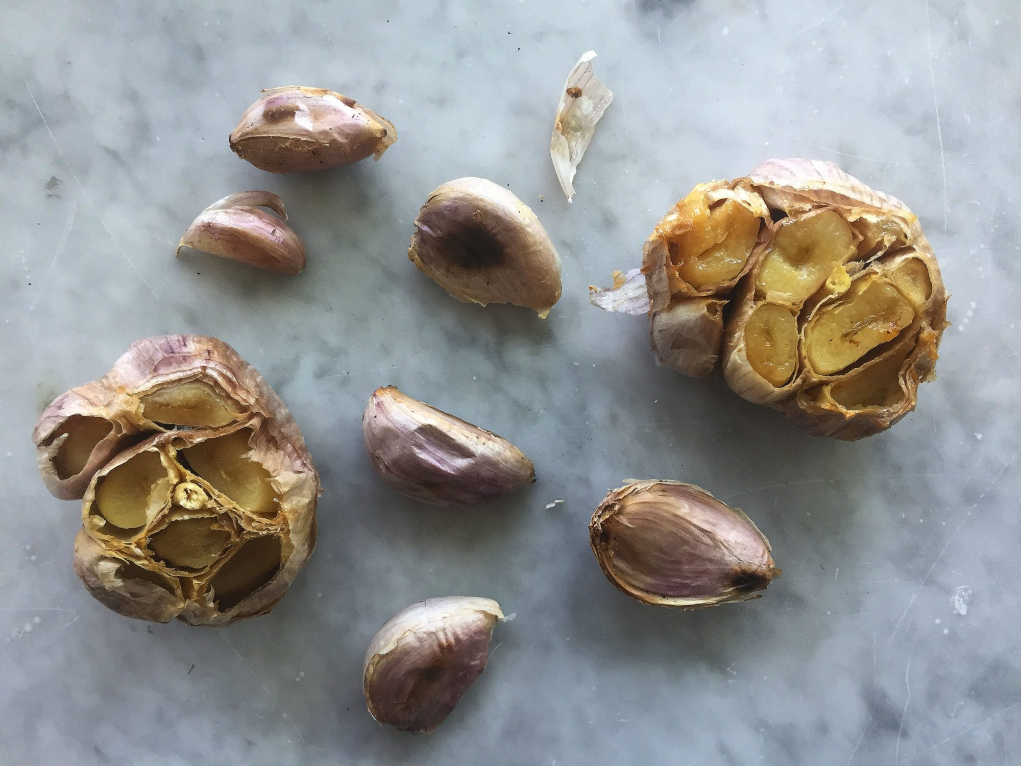 3 easy ways to roast garlic in the oven.