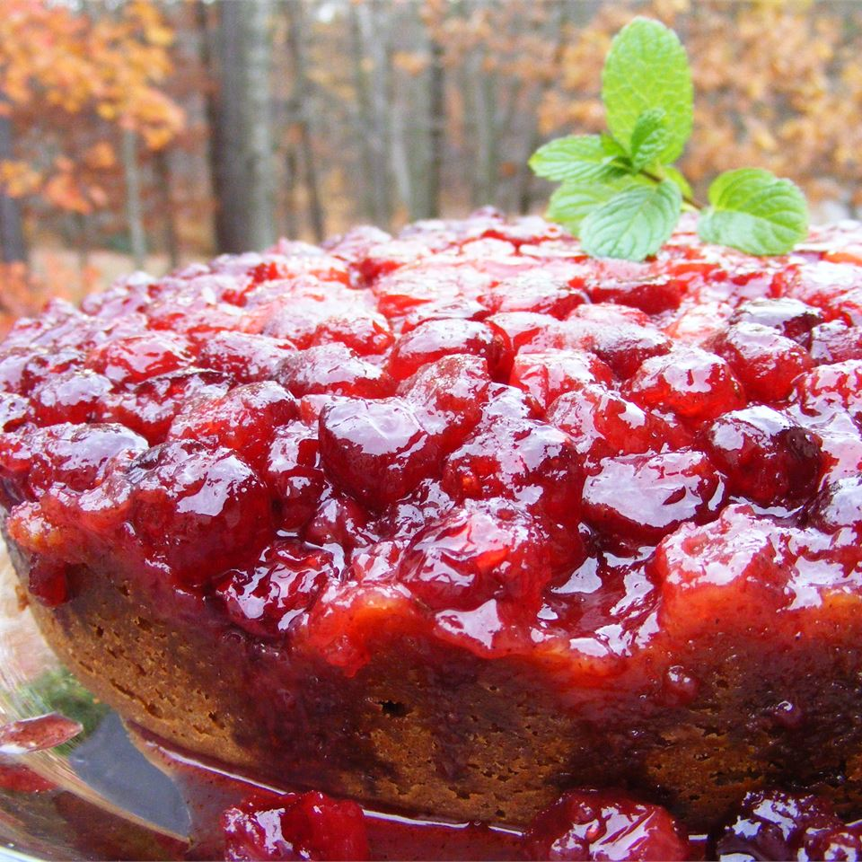Upside-Down cake with cranberry topping