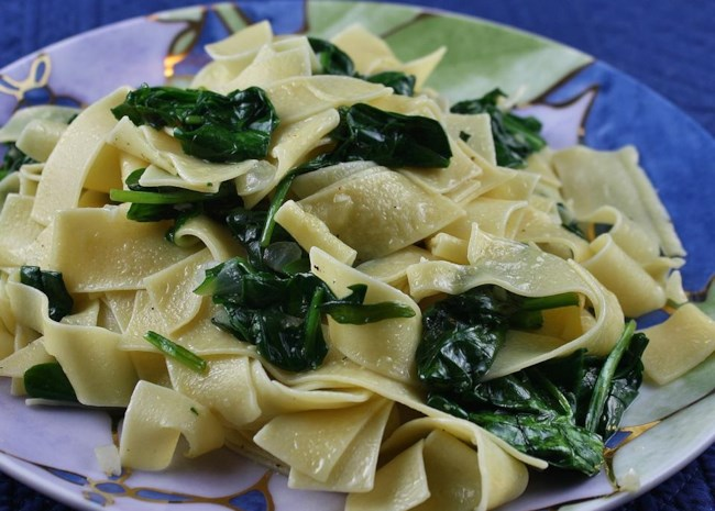 Egg Noodles with Spinach