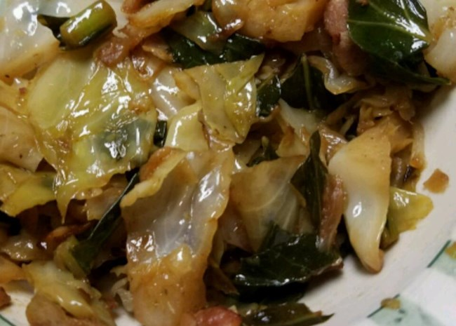 Smothered Collard Greens and Cabbage