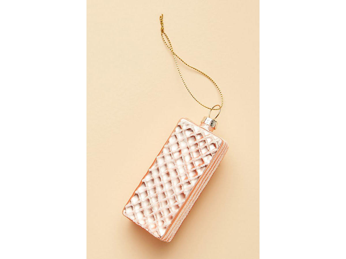 vanilla wafer ornament