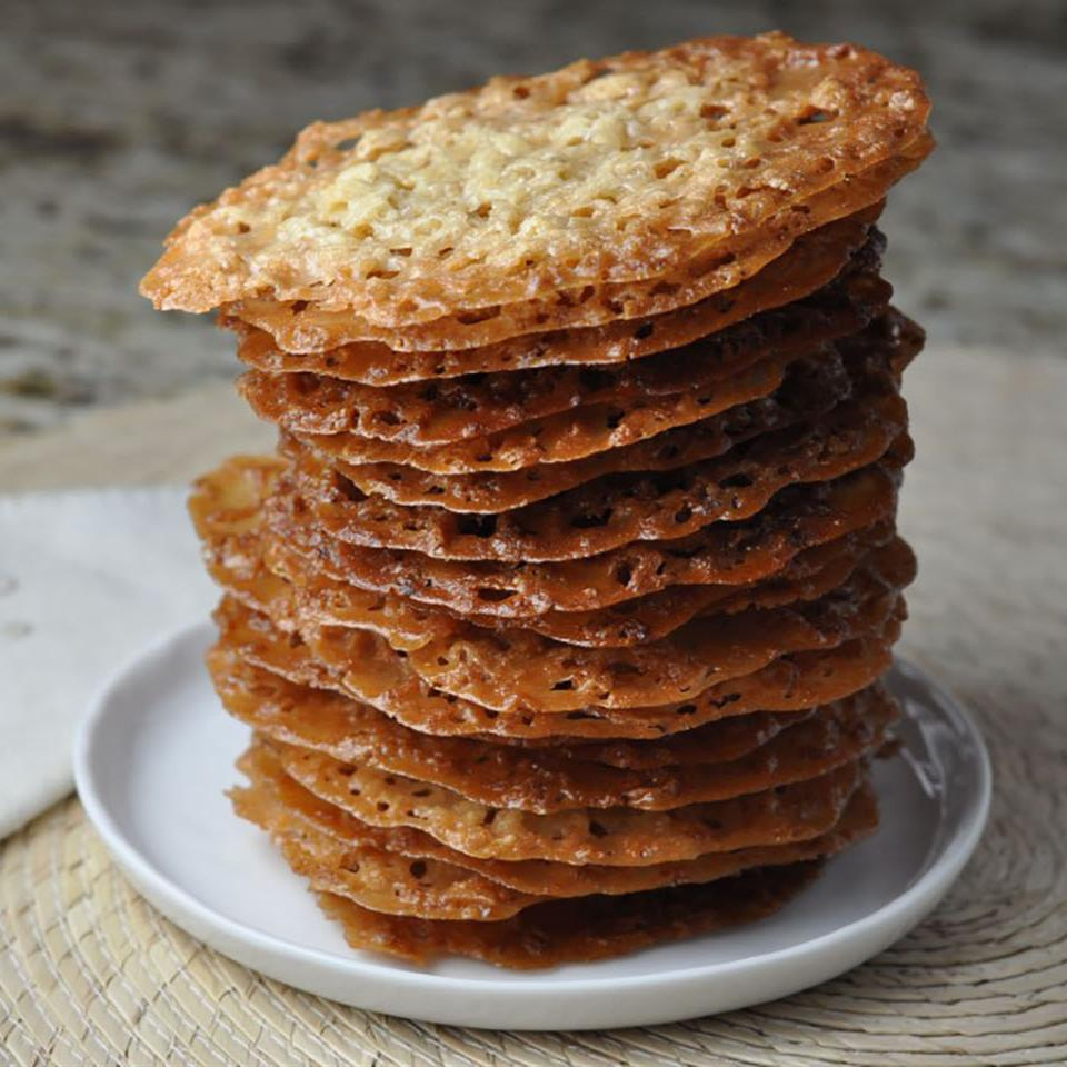 stack of lace cookies