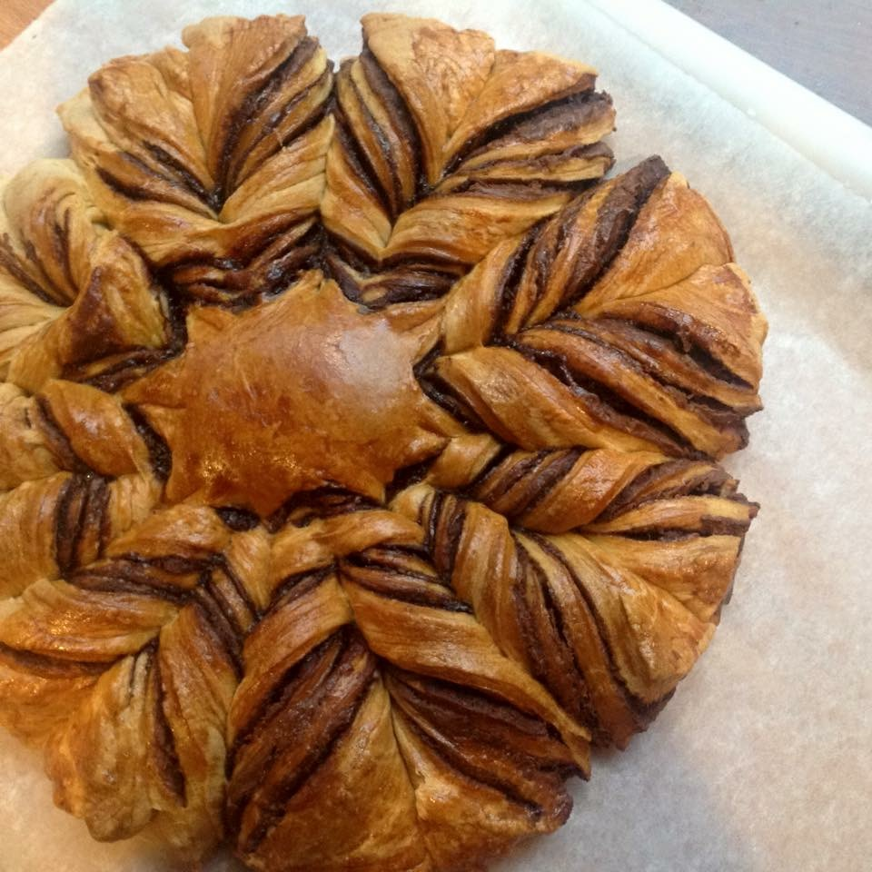 Loaf of Nutella® Star Bread with Puff Pastry featuring a star design