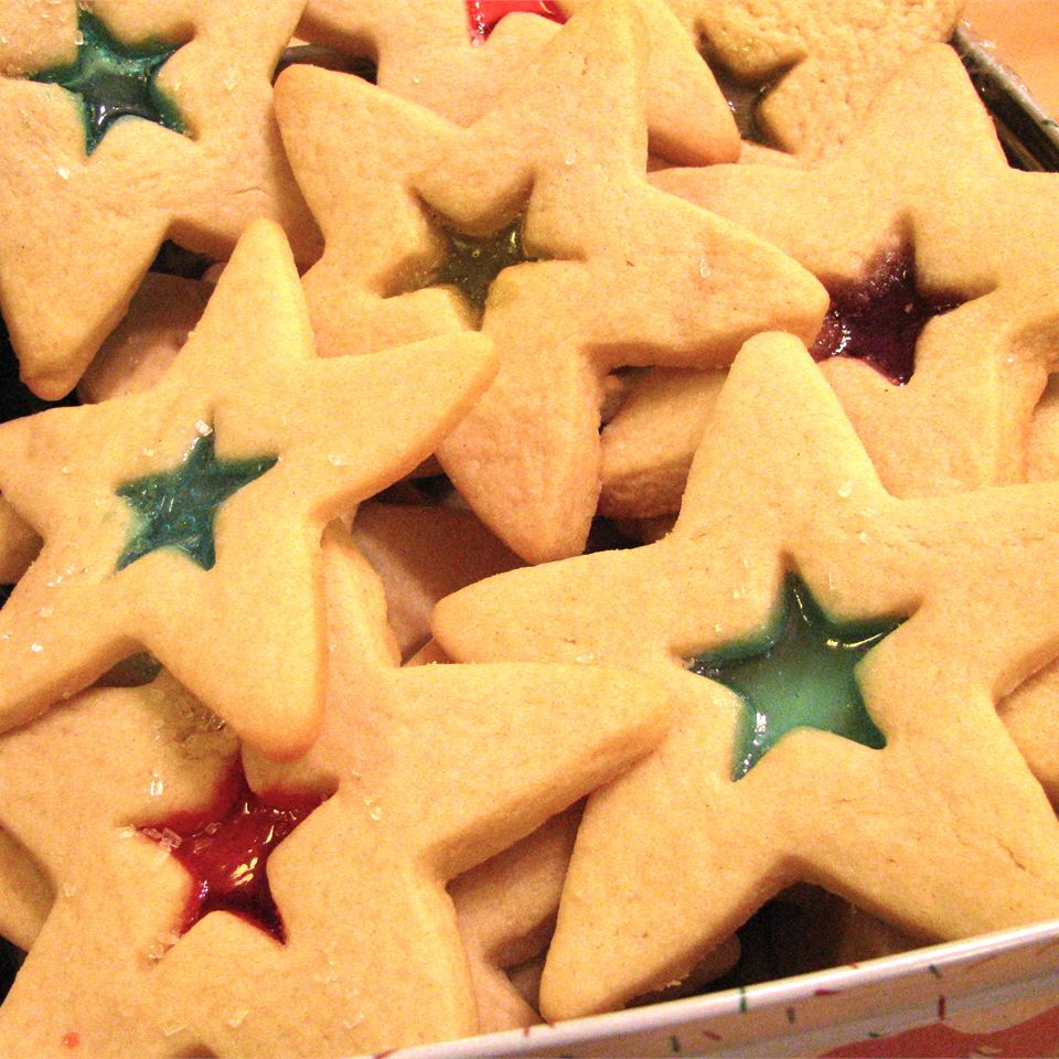 star shaped sugar cookies filled with red and green