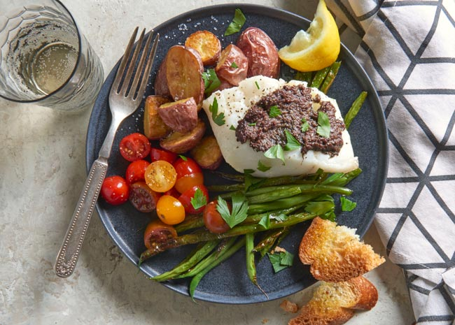roasted cod nicoise with tomatoes and green beans