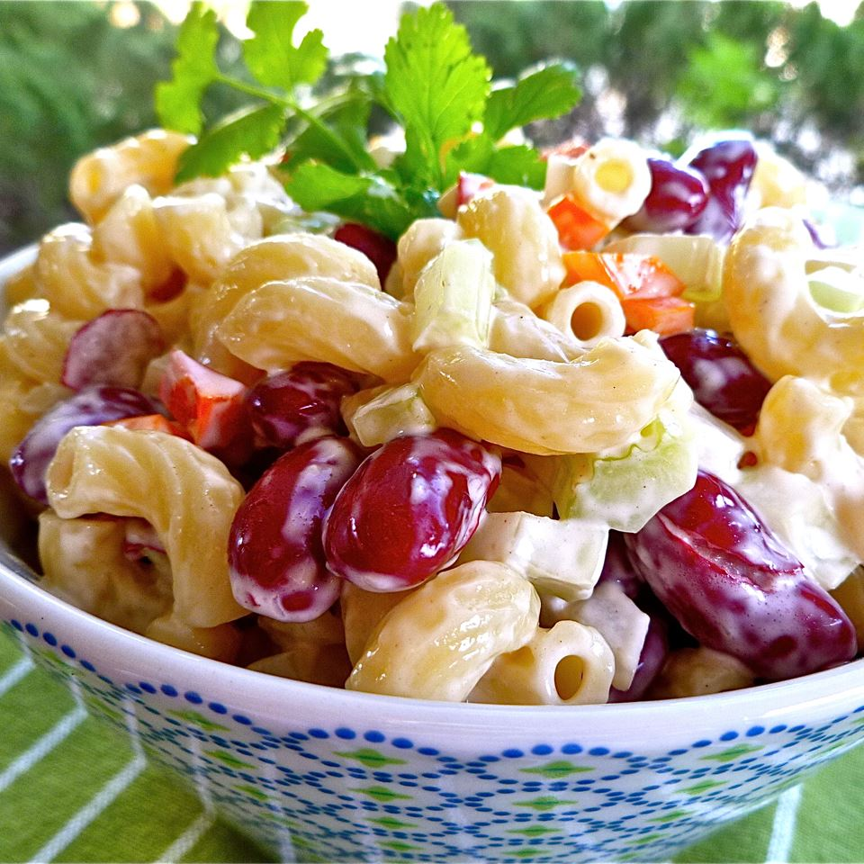 Elbow Macaroni and Kidney Bean Salad