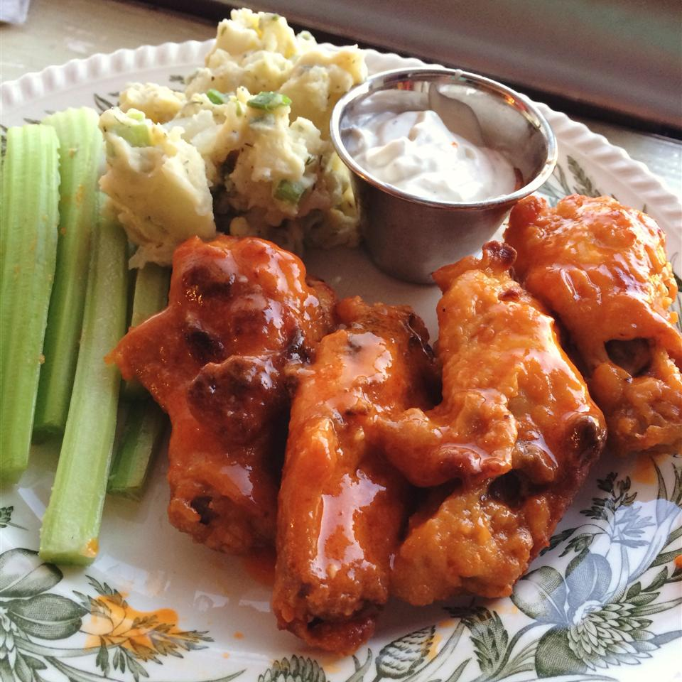 baked buffalo wings with celery and dip