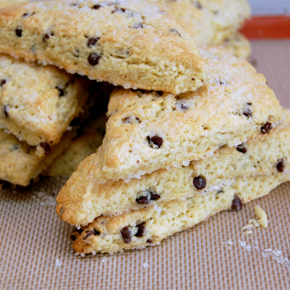 Wedge-shaped currant scones