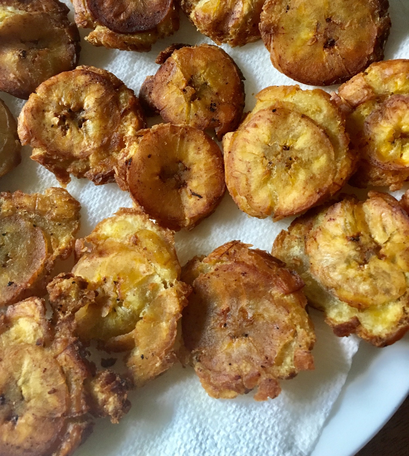 tostones fried plantains