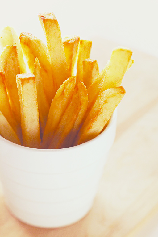 """Want fries with that? The secret to these fries? A pre-fry soak in a little sugar water. """"Delicious and super easy to make,"""" says Jeena. """"And tastes almost like theMcDonald'sfries *thumbs up*"""