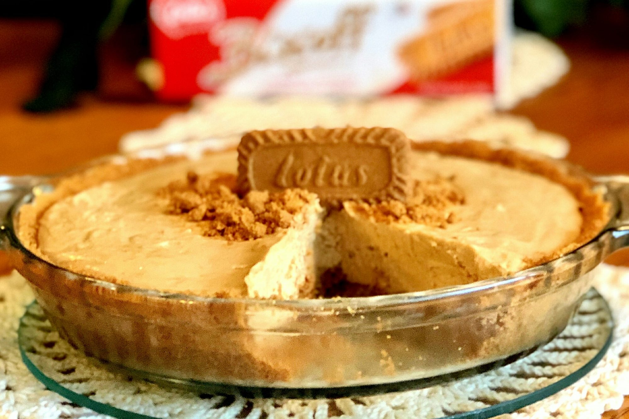 Cookie Butter Pie in glass pie dish