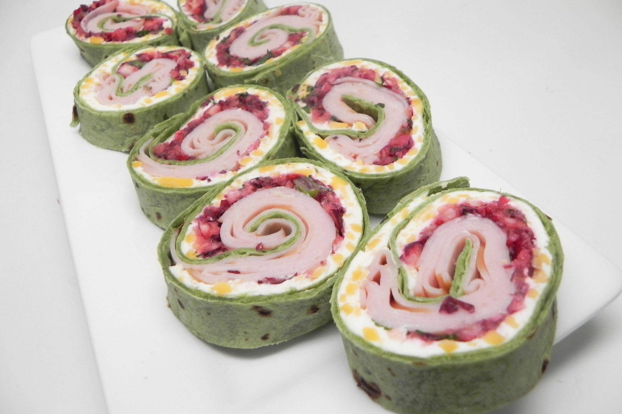 Spicy Turkey and Cranberry Pinwheels
