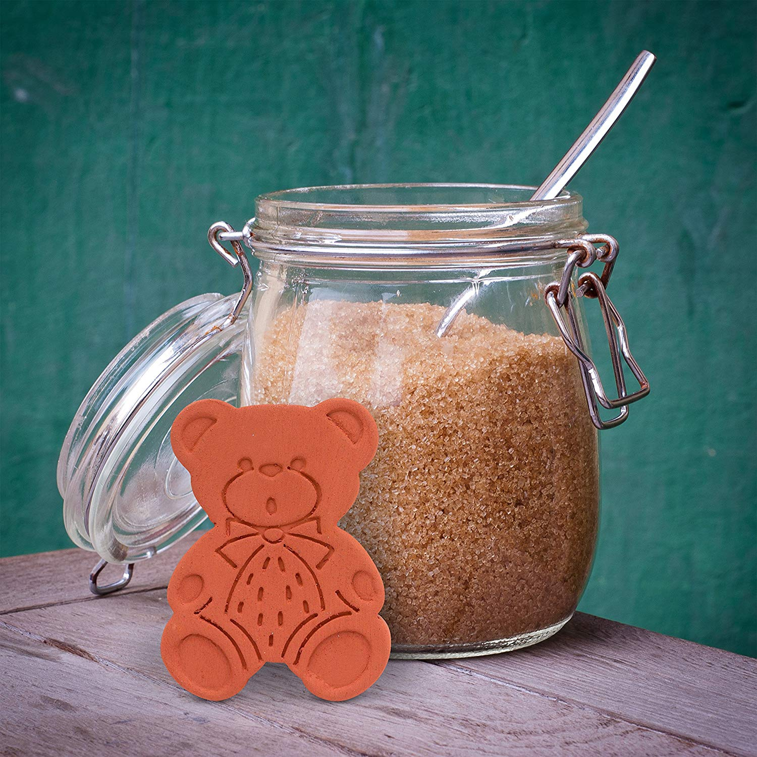 The $5 Secret to Keeping Brown Sugar Soft
