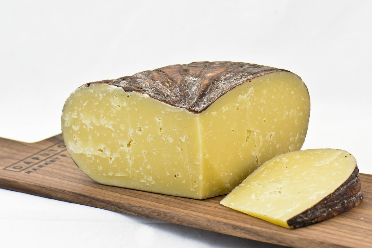 10 All-American Cheeses You Need to Know About (and Eat)