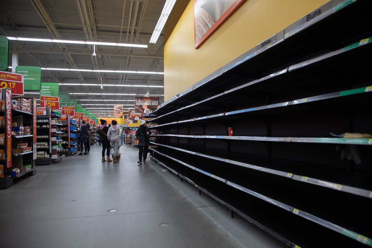 amid empty shelves experts say theres enough food for