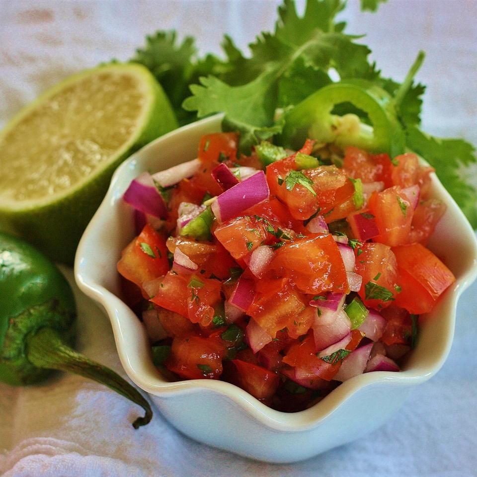 Ex-Girlfriend's Mom's Salsa Fresca (Pico de Gallo)