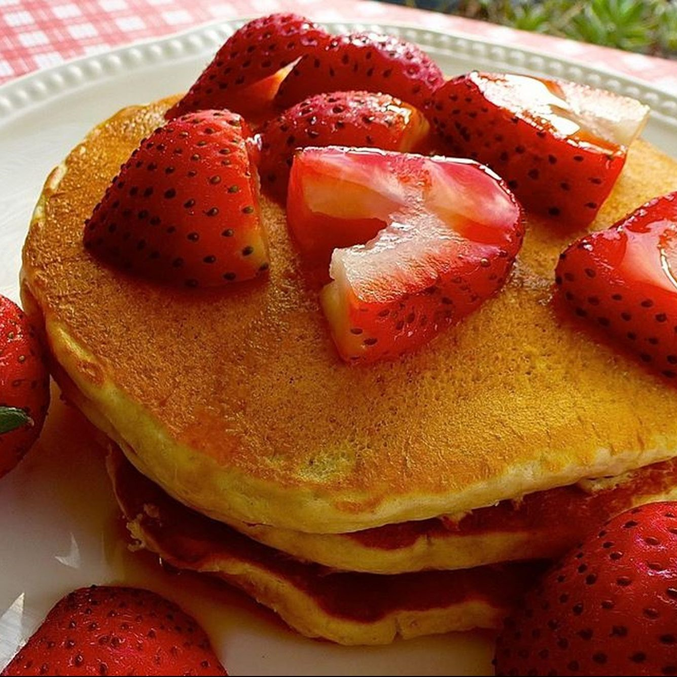Oatmeal Pancakes II with strawberries