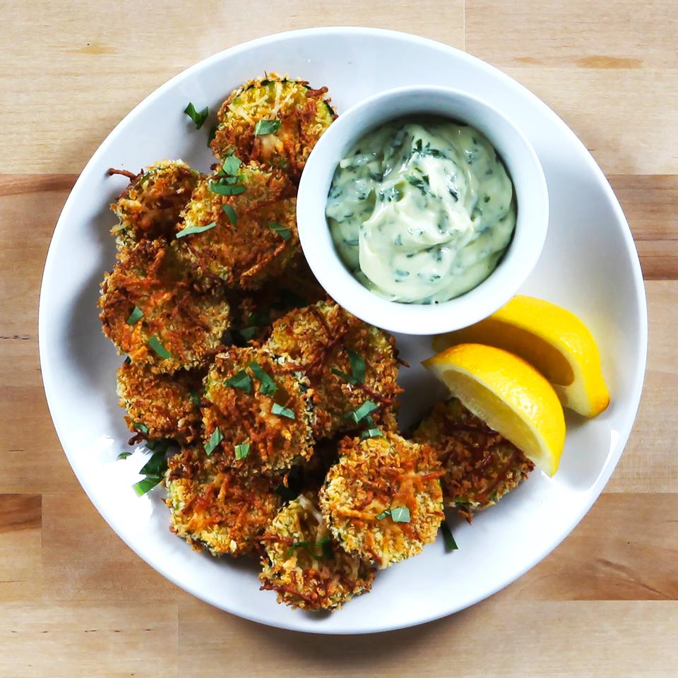 Lemon Parmesan Zucchini Chips with Basil Aioli