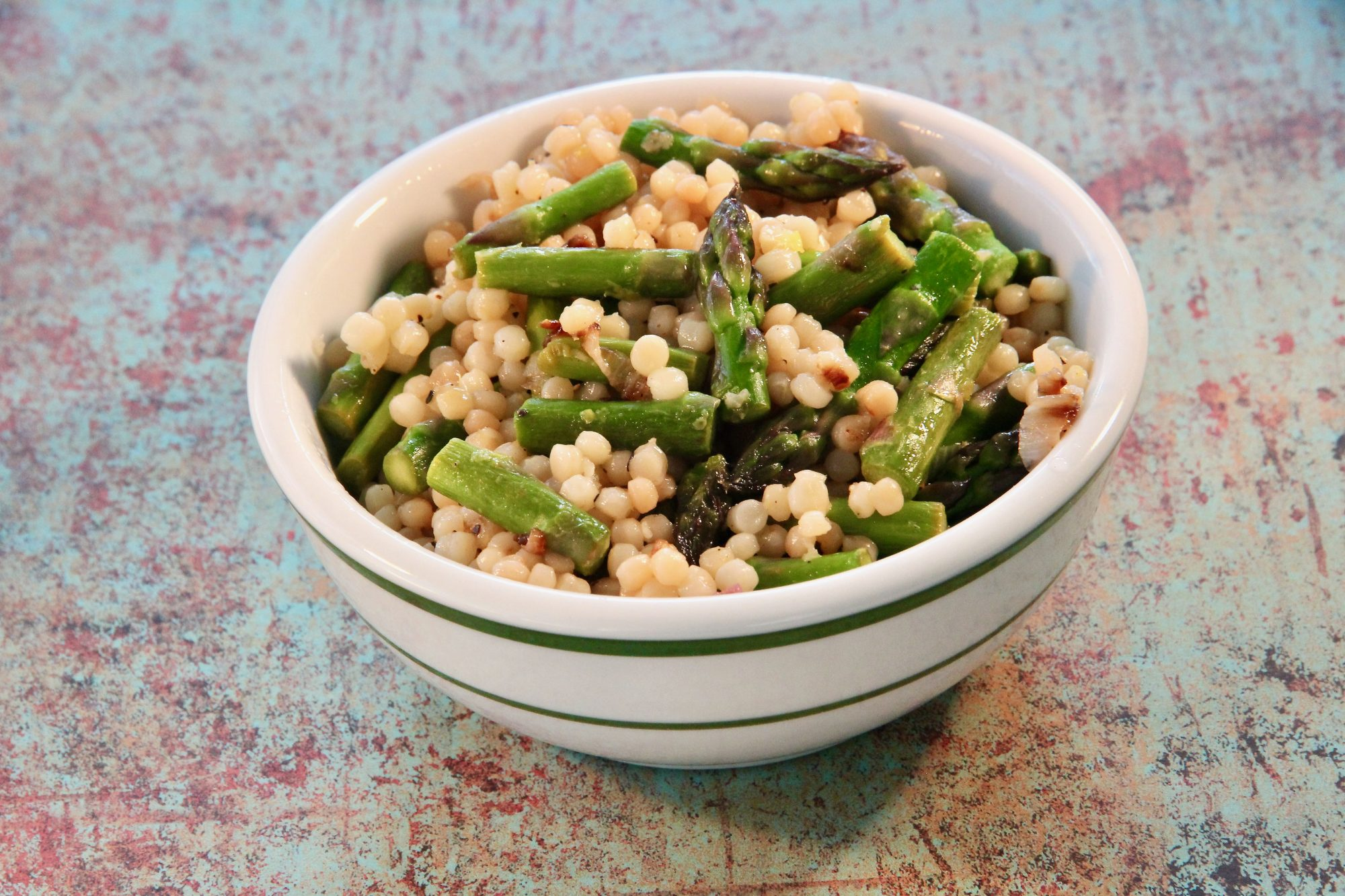 Lemony Israeli Couscous with Asparagus