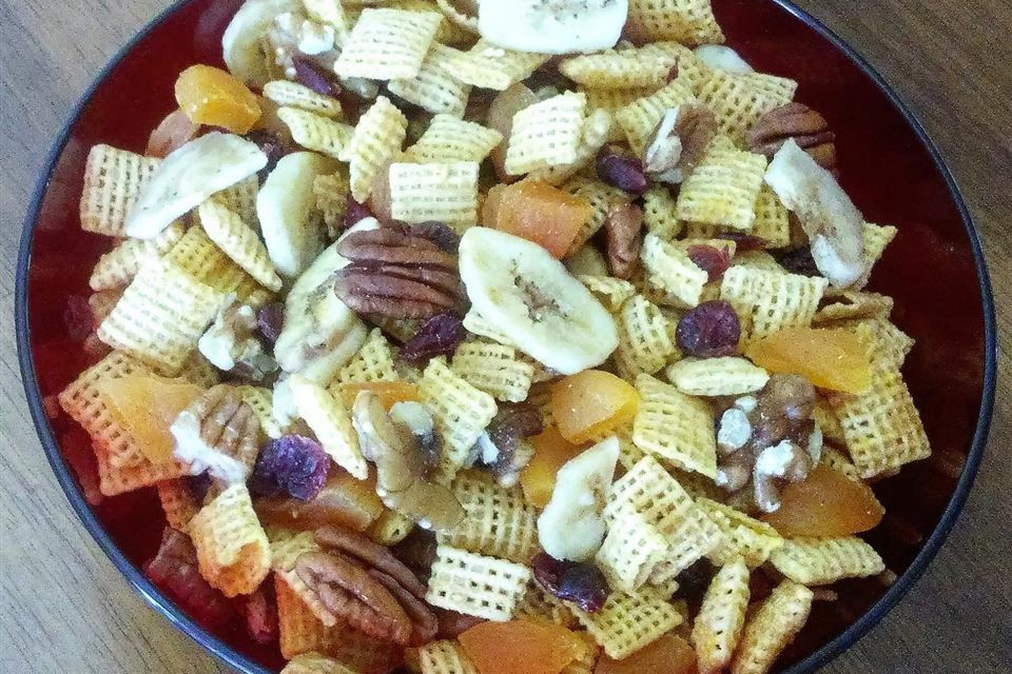 Snack Mix with cereal and bananas and nuts