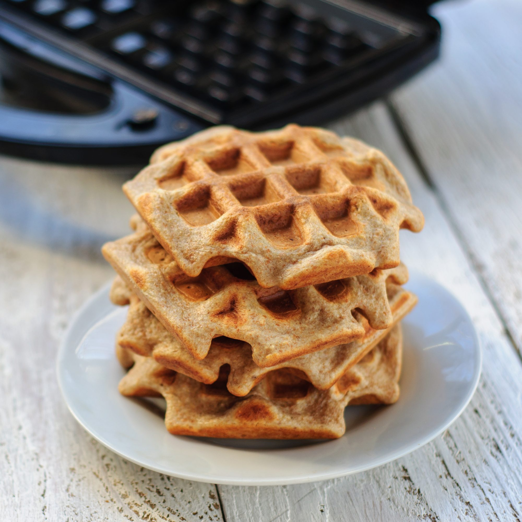 Wholegrain wheat and oat waffles with waffle-iron