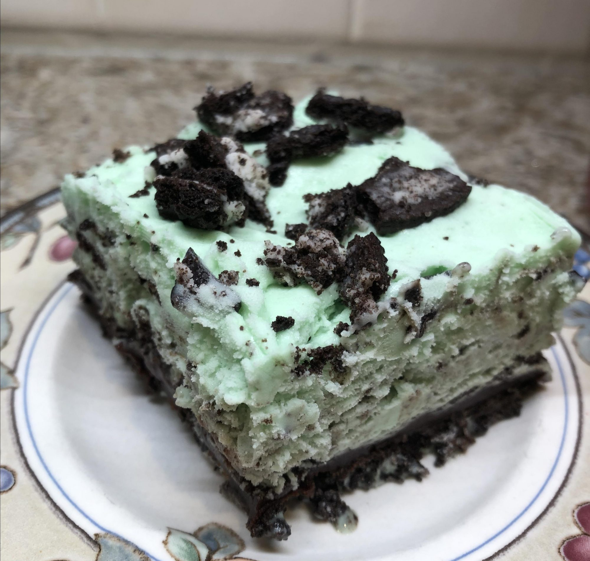 Cookies and Peppermint Ice Cream Cake