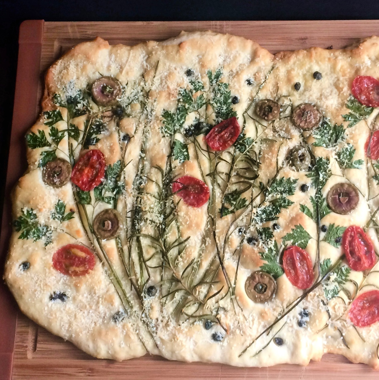 Exquisite yeastless focaccia decorated