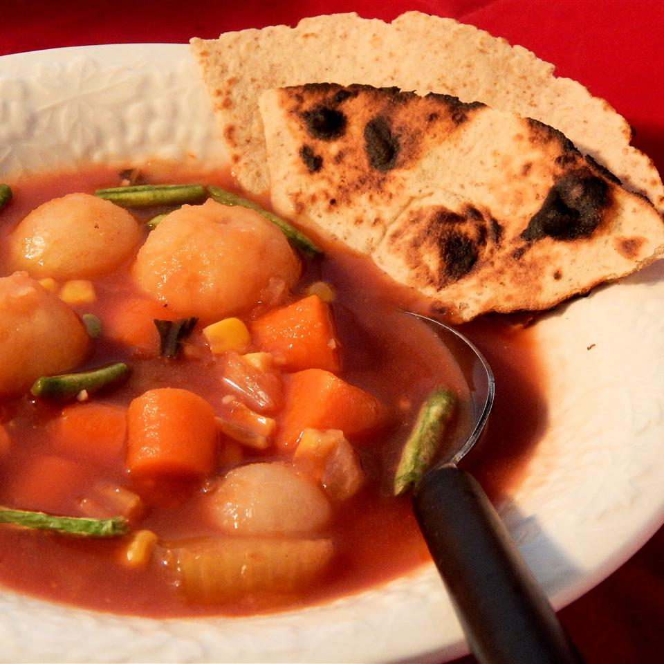 Quick and Fast Vegetarian Vegetable Soup in a Hurry